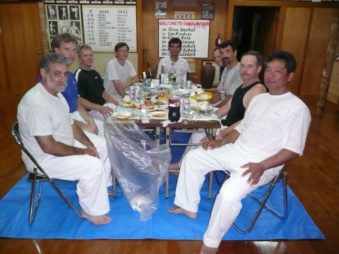 2006/6/27(Ginowan Dojo: Katsuji Tamayose sensei and Takashi Arakaki sensei) Steve Banchick,Dan Richuse,Robert Otto,Joe Montanino,Larry Stynchula, Melvn J. Kukich and Jeff Sulzbach (Welcome party.)