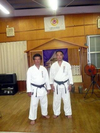 左:新垣隆先生 右:桑名信輔